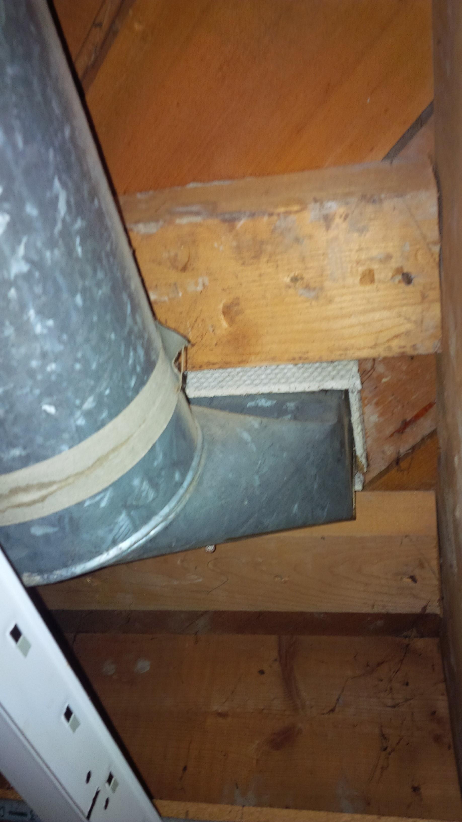Asbestos duct gasket